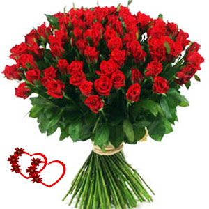 Buch Of 100 Red Roses With Seasonal Fillers