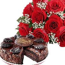 A Bunch of 12 Red Roses and 1/2 kgm Cake