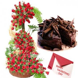 Arrangement Of 200 Red Roses, 1 Kg Chocolate Cake And A Valentine's Day Card